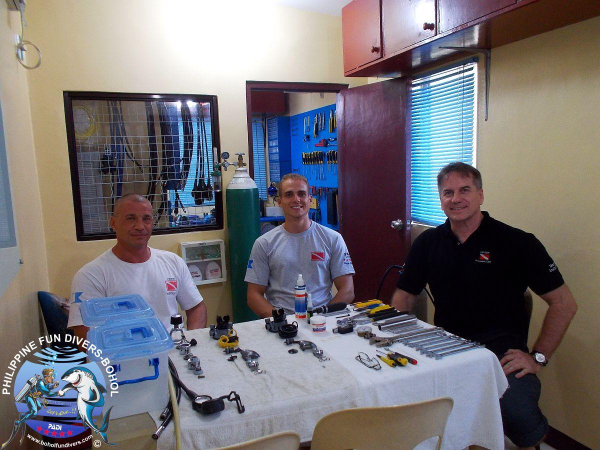 Philippine Fun Divers Alona Beach Panglao Bohol Classroom 1