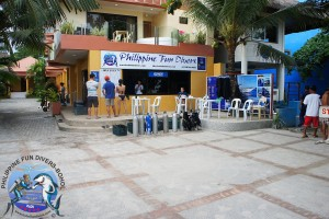 Philippine Fun Divers Alona Beach Panglao Bohol outside view 1